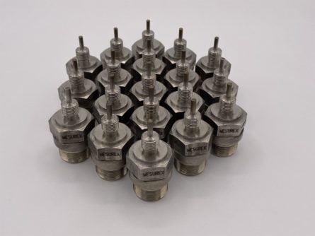 Screw-in PT100 temperature sensor IRJ