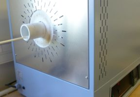 Calibration furnaces and calibrators