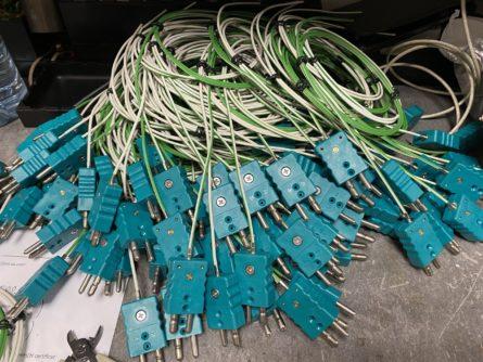 Photos de capteurs de temperature thermocouples filaire avec connecteur standard version autoclave