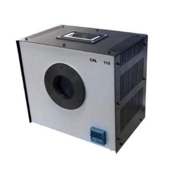 Four portable corps noir basse température type CAL110