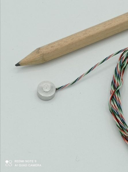 Ultra-miniature compression load cell sensor reference FC N8