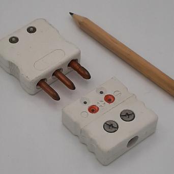 Connecteurs standards pour PT100